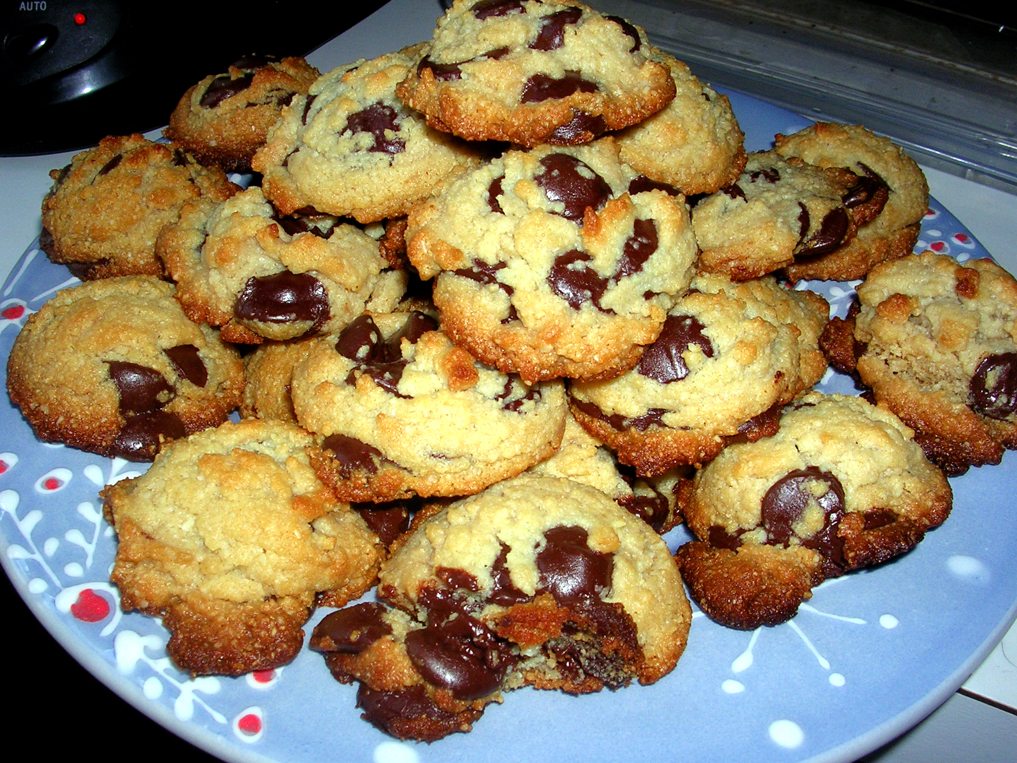 "Healthy"" Chocolate Chip Cookies   Allison Nichols   Holistic ..."